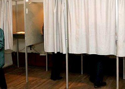 Balsavimo kabinos iš aliuminio profilių